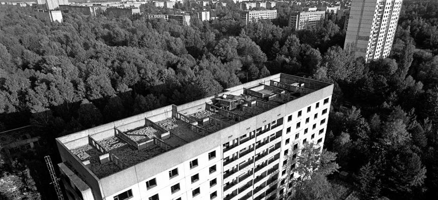 """Z cyklu """"Świat w obiektywie"""" – """"Czarnobyl 30 lat po katastrofie"""" spotkanie z Jerzym Wierzbickim"""