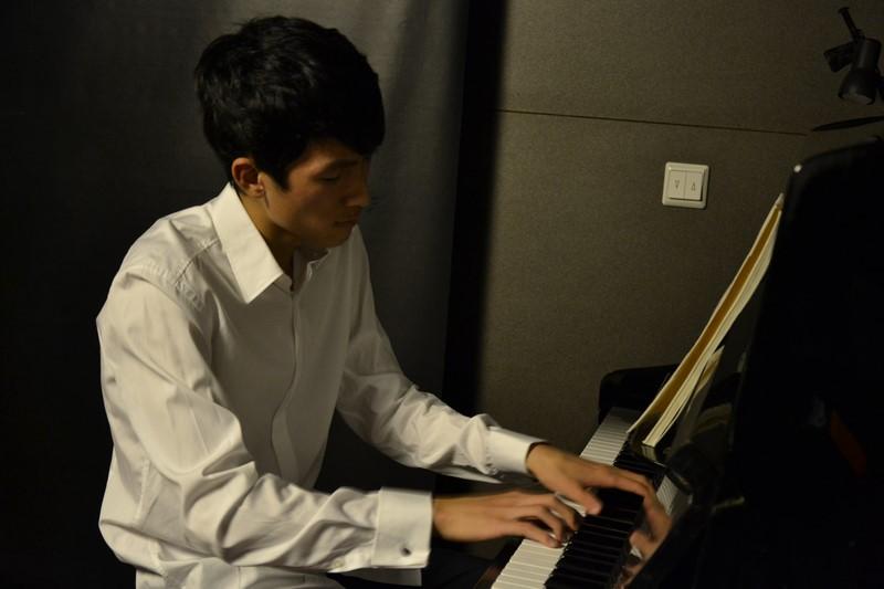 Eric Lu (USA)
