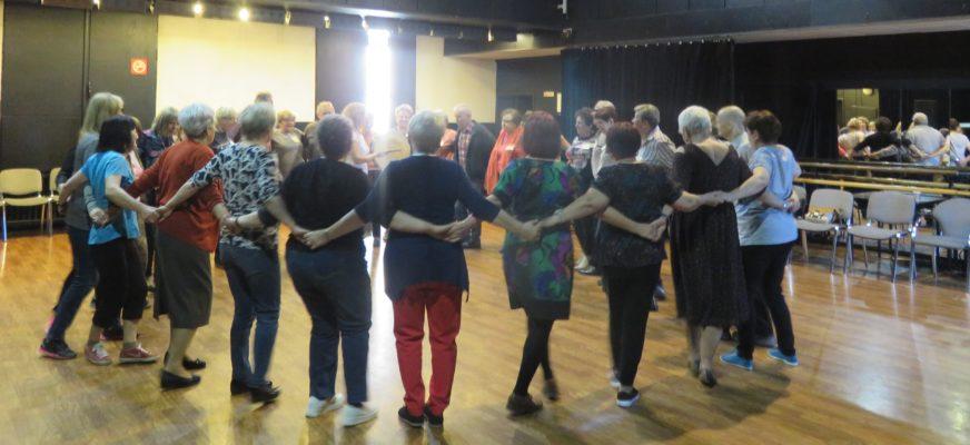 Warsztaty tańca i śpiewu ludowego Z PRZYTUPEM