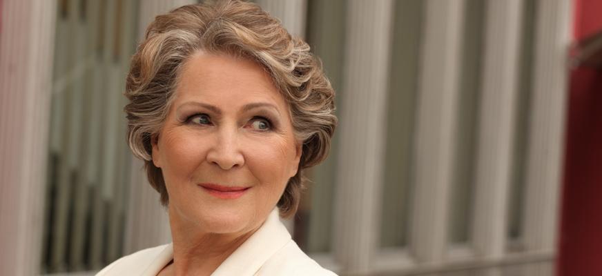"""Irena Santor """"Świątecznie i przebojowo"""""""