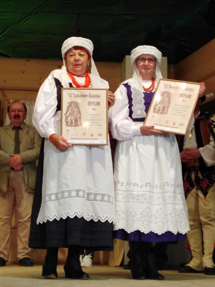 wyróżnione (od prawej) Małgorzata Olszewska i Wanda Kusterka