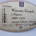 tablica pamiątkowa Wincentego Śnieguli w Szczytnikach