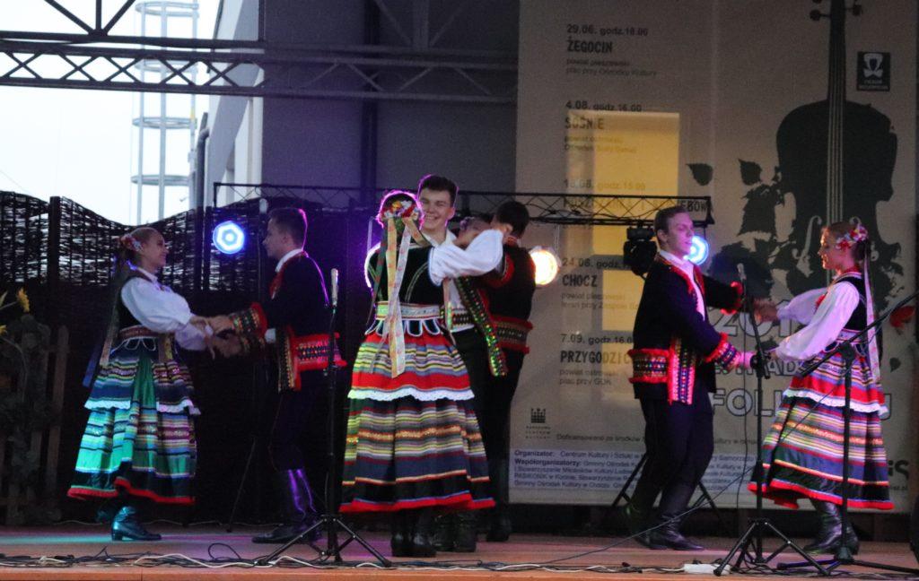 KOSYNIERZY z Jankowa Przygodzkiego gr. starsza w tańcach lubelskich